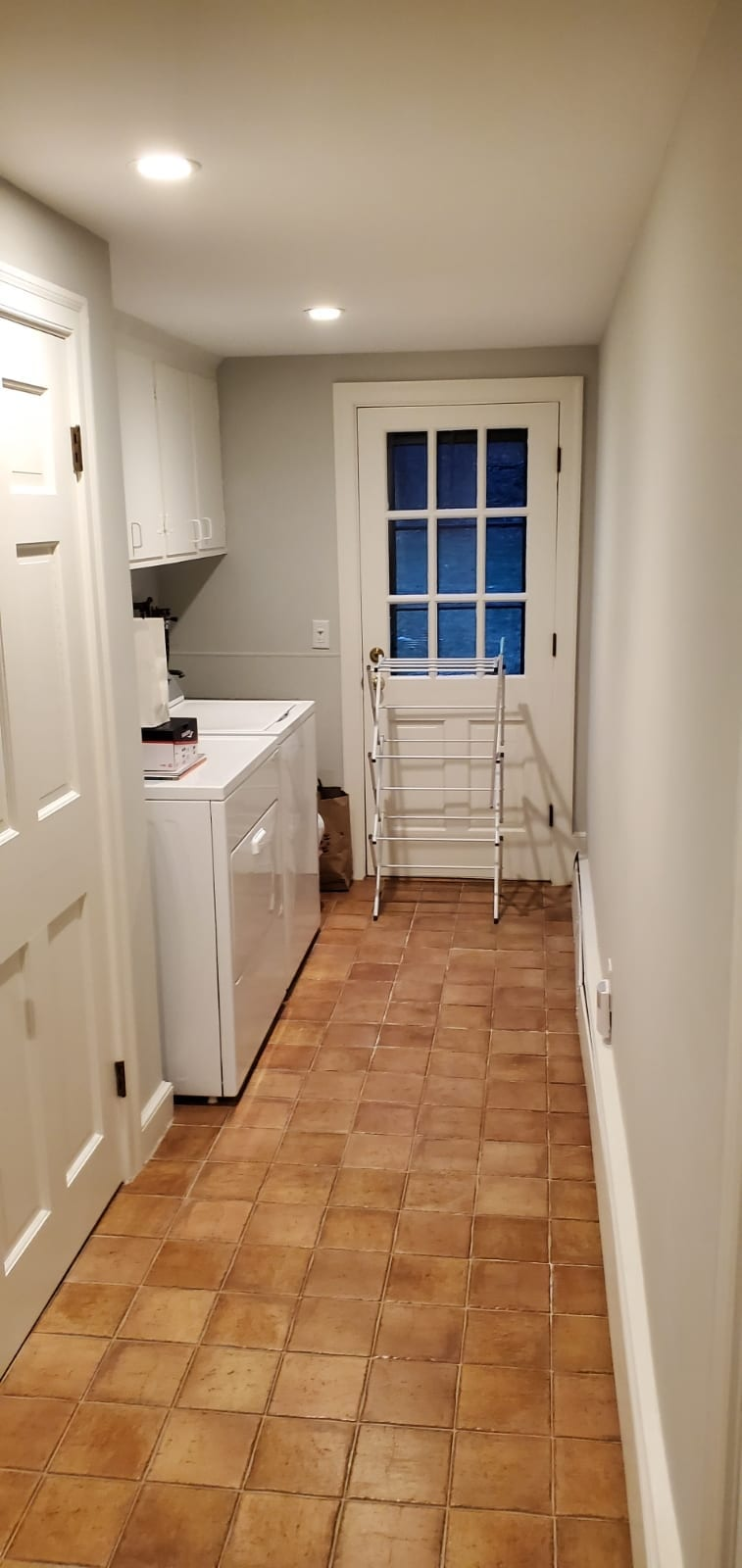 hj homes solutions, laundry room, custom cabinets, carpenters, shrewsbury, worcester, metrowest, contractors,