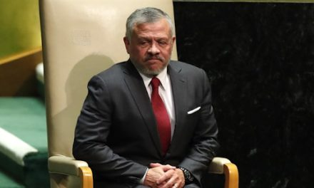Jordan's King vows to stand by Lebanon