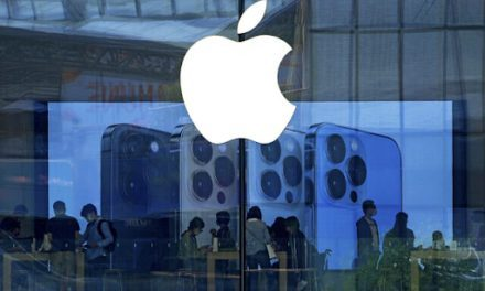 China crackdown on Apple store hits apps for reading Bible, Quran